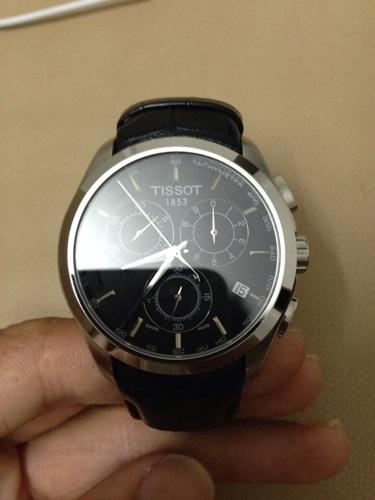 1 天梭手表调日期的步骤 天梭手表(tissot)的表把分为两档,当天梭