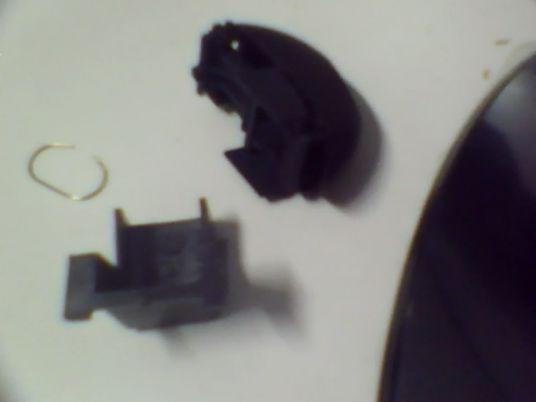 重装电热水壶开关我为了修电热水壶把开关拆开了,拆开